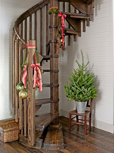 CLX-hunting-and-gathering-staircase-1212-lgn