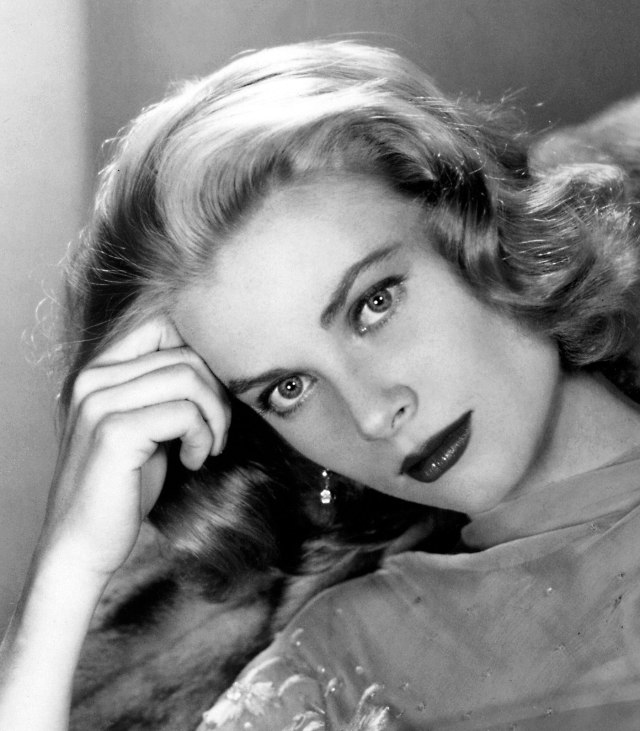 Grace-Kelly-Beautiful